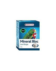 VERSELE-LAGA Mineral Bloc Loro Parque 250 g - Minerální kostka pro velké a střední papoušky